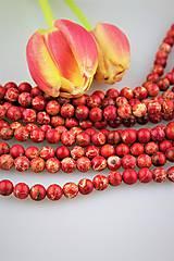 jaspis korálky 8mm - červený žilkový jaspis