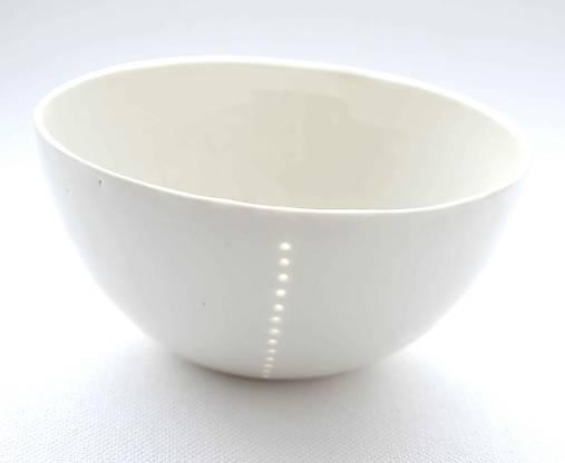 Madeirová porcelánová miska (Jednoduchosť)