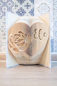 Dekorácie - ruža v srdci (ruža v srdci s menom) - 9335794_