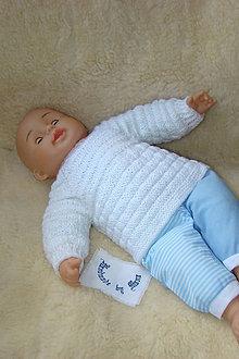 Detské oblečenie - Ručne pletený svetrík pre novorodeniatko - 9336247_