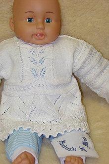Detské oblečenie - Ručne pletený svetrík pre polročné dieťatko. - 9336585_
