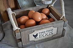 Nábytok - Farmárska debnička na vajíčka a všeličo iné... - 9336296_
