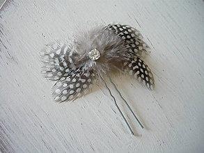 Ozdoby do vlasov - Fascinátor / vlásenka čierno-biela so štrasom - 9341043_