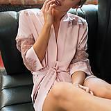 Pyžamy a župany - Kvalitný župan Dyona s francúzskou krajkou rôzne farby - 9337825_