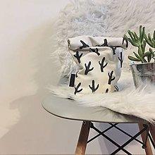 Úžitkový textil - Ušimi desiatové vrecúško kaktus - 9340340_