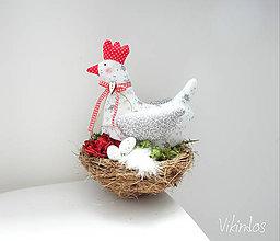 Dekorácie - Jarná dekorácia Sliepočka - 9339869_