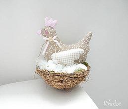 Dekorácie - Jarná dekorácia Sliepočka - 9339987_