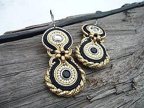 Náušnice - Soutache náušnice Black&Gold elegant - 9343983_