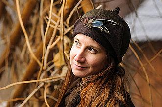 Čiapky - Hnedý plstený klobúk pre Popolušku - 9341414_