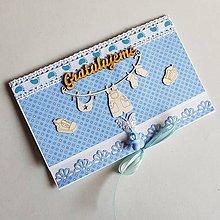 Papiernictvo - gratulačná pohľadnica aj obálka na peniaze s cumlíkom k narodeniu chlapčeka - 9342618_