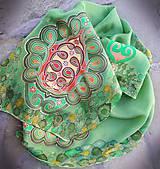 Zelená pre folklór-hodvábny maľovaný šál