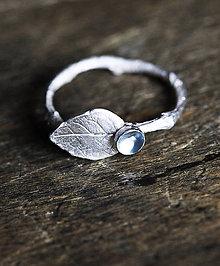 Prstene - Vetvičkový prsteň s lístočkom - 9344160_