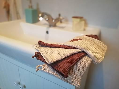 Úžitkový textil - Pletený uteráčik (do kabelky alebo ako dekorácia) - 9344832_