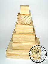 Hračky - pyramída - 9346750_