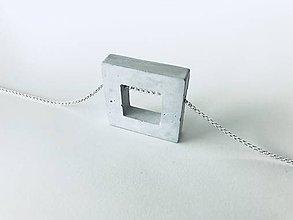 Náhrdelníky - Betónový prívesok GEOMETRIC Square - na Ag retiazke - 9348310_