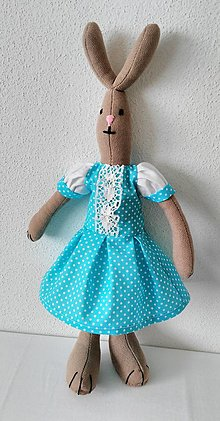 Dekorácie - zajka v šatočkách - 9348978_