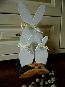 Dekorácie - Veľkonočná dekorácia - zajačiky - 9348620_
