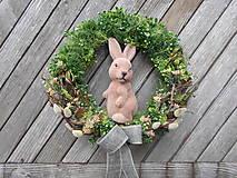 Dekorácie - Veľkonočný veniec so zajkom - 9351010_