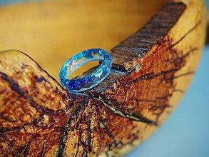 Prstene - Číry prstienok s modrými trblietkami - 9349036_