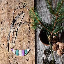 Náhrdelníky - keramický náhrdelník pásiky fialová, tyrkysová, béžová - 9353039_