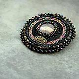 Odznaky/Brošne - Black&violet - vyšívaná brož - 9354248_