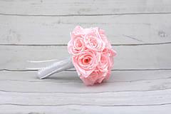 Kytice pre nevestu - Saténová kytica svadobná bledoružová ruže - 9352937_