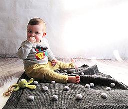 Úžitkový textil - Deka s guľôčkami... - 9355192_
