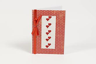 Papiernictvo - Zamilované srdiečka I - folk vyšívaný pozdrav - 9353764_