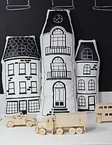 Textil - Mesto s tabuľovou strechou - súprava 3 vankúšov - 9357375_