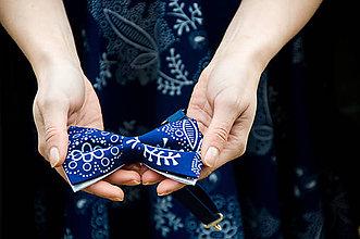Doplnky - Pánsky modrotlačový motýlik - 9355766_
