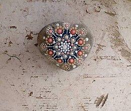Dekorácie - Gaderský do dlane - Na kameni maľované - 9359526_