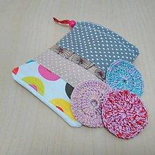 Úžitkový textil - Háčkované kozmetické tampóny s vrecúškom (Pestrofarebná) - 9358268_