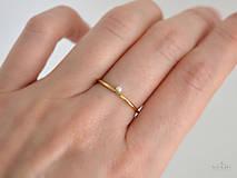 Prstene - 14k zlatý prsteň s prírodnou perlou - 9362621_