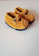 Topánočky - Sandálky- papučky horčicové - 9362389_