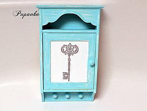 Krabičky - Maľovaná skrinka na kľúče - 9359952_