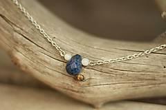 Retiazka z chirurgickej ocele s minerálov lapis lazuli a mesačný kameň