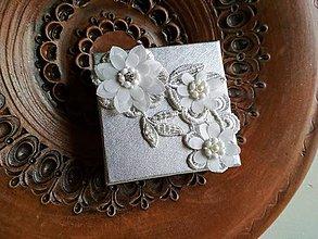 Obalový materiál - Darčeková krabička papierová strieborná s čipko...svadobná - 9366126_