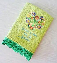 Úžitkový textil - Zelená utierka s háčkovaným okrajom