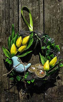 Dekorácie - Veľkonočný veniec na dvere - 9369050_