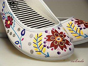Obuv - Folklórní svatební balerínky - hnědý květ - 9368082_