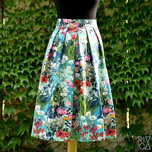 371549d759f6 Skladaná sukňa