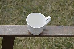 Nádoby - Madeirová porcelánová šálka na čaj (Kvietok) - 9367256_