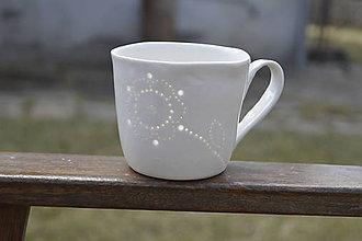 Nádoby - Madeirová porcelánová šálka na čaj (Kvietok) - 9367251_