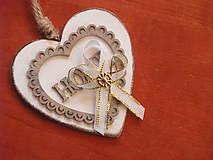 Pierka - Č. 244 Svadobné pierka so zlatým šperkom - 9367359_