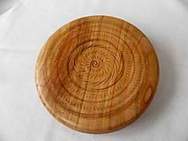 Dekorácie - drevená miska so znamením... - 9371233_