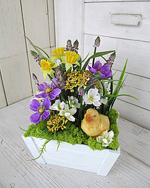 Dekorácie - Jarná dekorácia s kuriatkom - 9373360_
