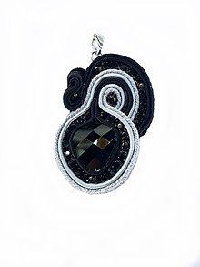 Iné šperky - Elegantný soutache prívesok čierny - 9374273_