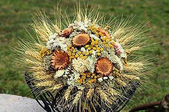 Dekorácie - Kytica zo sušených kvetín - 9378914_