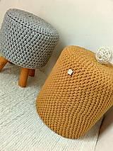 Úžitkový textil - Háčkovaný taburet VALEC horčicový - 9378323_