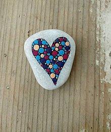 Dekorácie - Srdcu nerozkážeš - Na kameni maľované - 9380071_